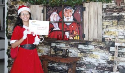 Mamãe Noel do Sindilojas promove a gentileza no comércio